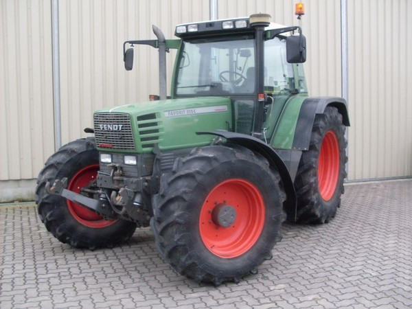 Fendt Favorit 500 C Fotó:motor-talk.de