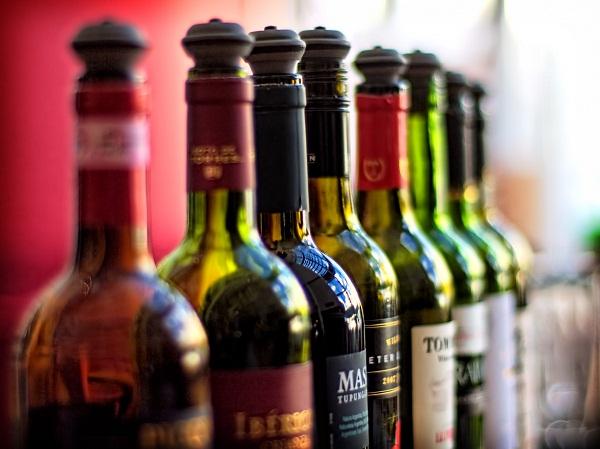 Az olasz borok forgalomból történő kivonását kezdeményezi a szakmaközi szervezet