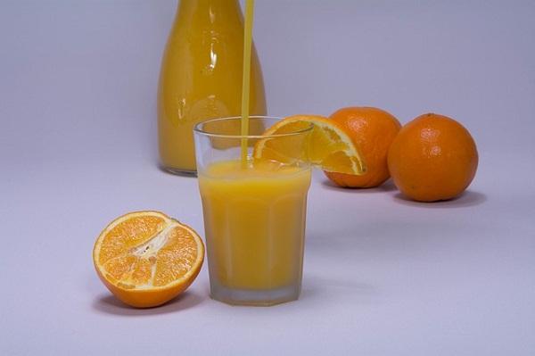 Az új tartósítási technológiával a gyümölcslevek megőrzik teljes vitamintartalmukat és akár 12 héten keresztül megtartják a frissen facsart gyümölcslevek jellegét és minőségét is