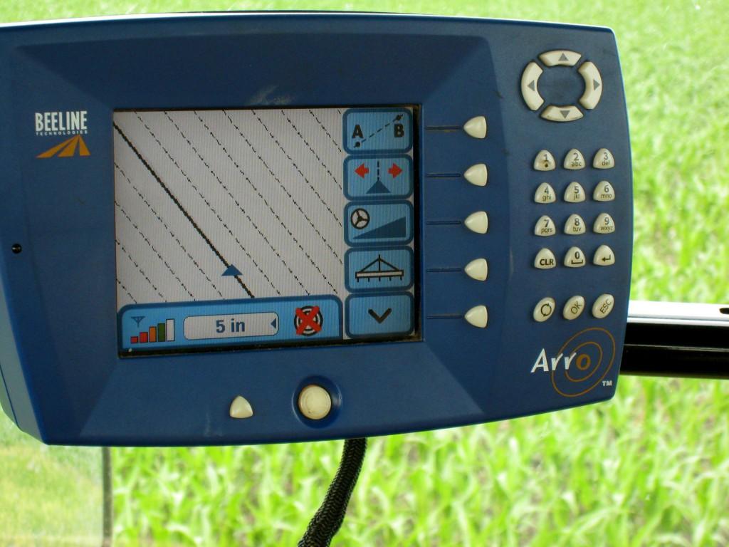 Az új traktorokban elengedhetetlen kellék a GPS alapú navigáció
