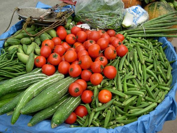 Ismét bőséges volt a választék az importzöldségek körében