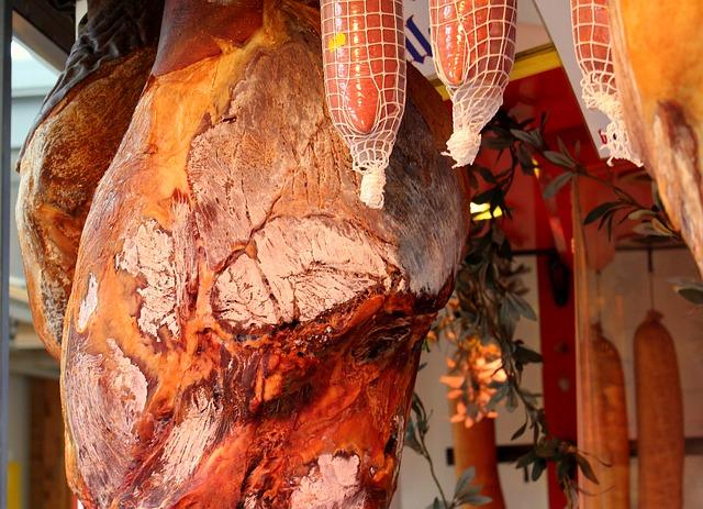 A húsfeldolgozással foglalkozók is támogatáshoz juthatnak