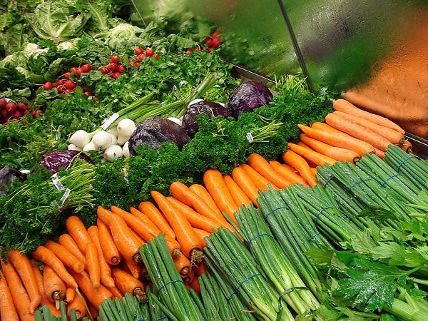 Mostantól jelölhetik a forgalmazók a GMO-mentes termékeket, de a jelölés használata nem kötelező!