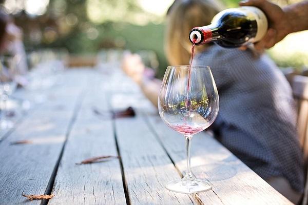 Idén jelentős összeget fordítanak a magyar borok népszerűsítésére