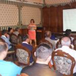 Dr. Piros Márta a különböző felnőttképzési lehetőségeket mutatta be. Szerinte december végéig még érdemes a sok kisebb tanfolyamokból válogatni, hogy képzettebbek és felkészültebbek legyenek a gazdák.