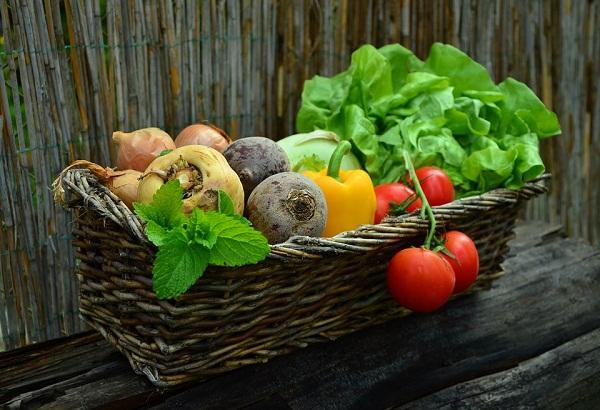 Aki jótékony célra kínálja a felesleges terményét, támogatásban részesül