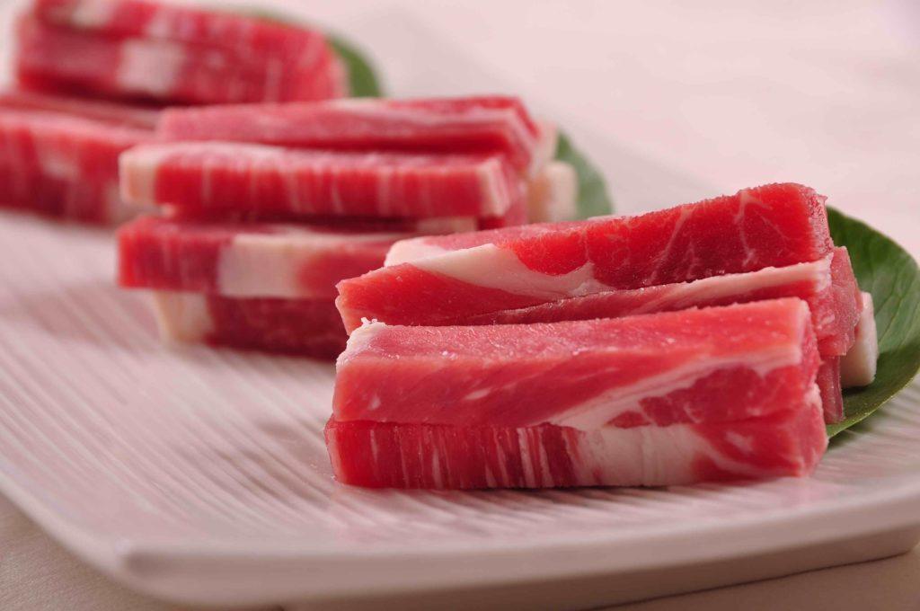 Mesterséges hús előállítása állatok nélkül a jövő?