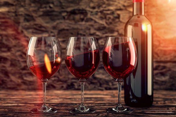 Elégedettek lehetnek az eladott borok számával az áruházláncok - Fotó: Pixabay, Thomas Malyska