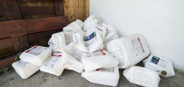 Jelentős környezetkárosító tényező a termesztés során használt készítmények csomagolóanyaga