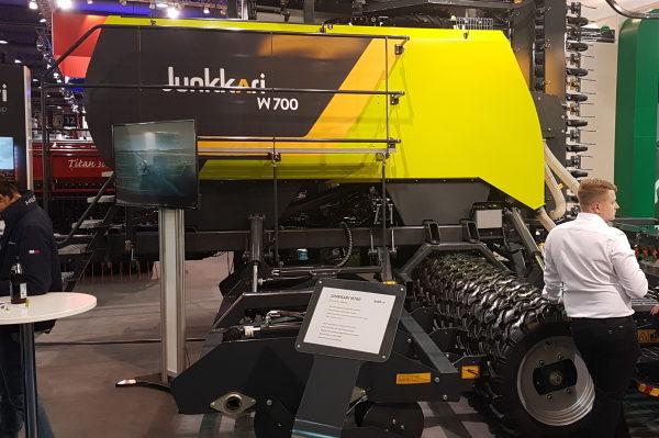 Egy finn újdonság a piacon: gabonavető gépkombinációműveletkapcsolásokkal aJunkkari Oy vállalattól - Fotó: Topagrar.com