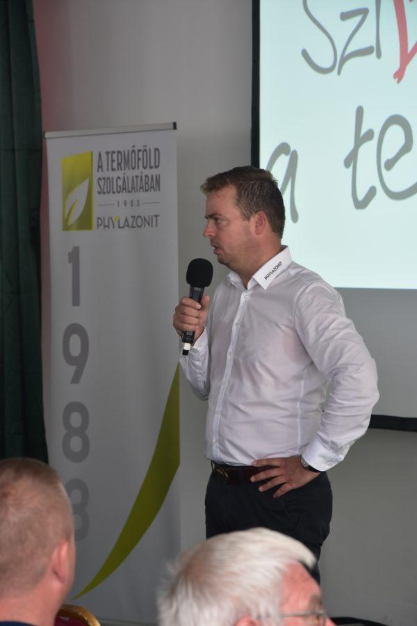 Bálint András az Agrova Kft. kereskedelmi igazgatója