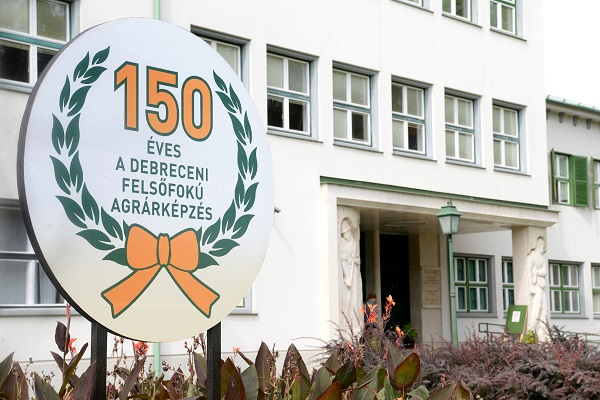 A Debreceni Egyetem fennállása 150. évfordulóját ünnepli - Fotó: www.unideb.hu