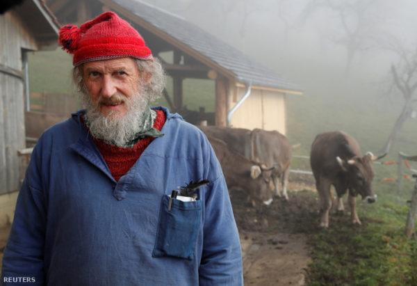 Armin Capaul, svájci gazda, a kezdeményezés elindítója (Fotó: Denis Balibouse, Reuters)