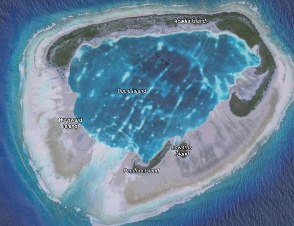 A Ducie korallsziget felülnézetből