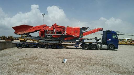 Munkagép szállítása Spanyolországban
