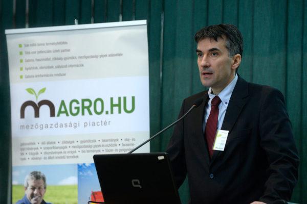 Az esemény szakmai moderátora, Németh István, a Magro.hu ügyvezetője volt