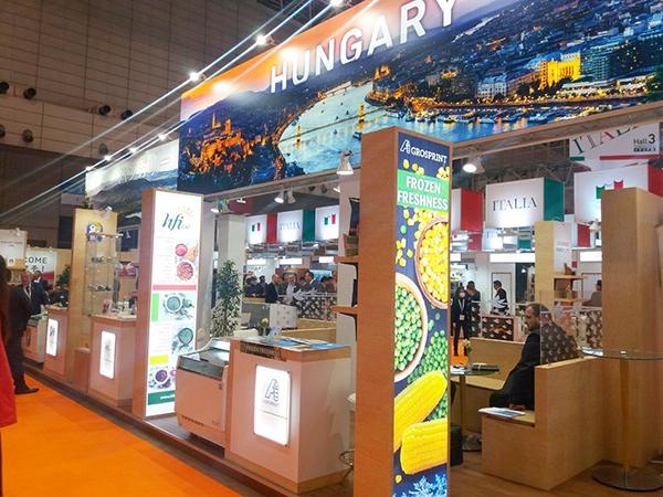 A FOODEX Japan Nemzetközi Élelmiszer és Ital Szakkiállítás magyar standja