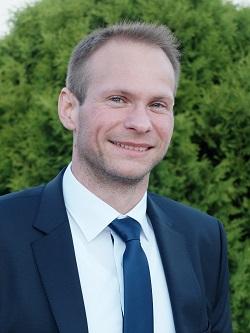Kézér Zsolt, a Lakkos Kft. értékesítési régióvezetője