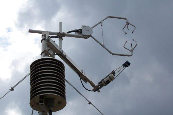 Meteorológiai méréseket végző szerkezet - fotó: www.unideb.hu