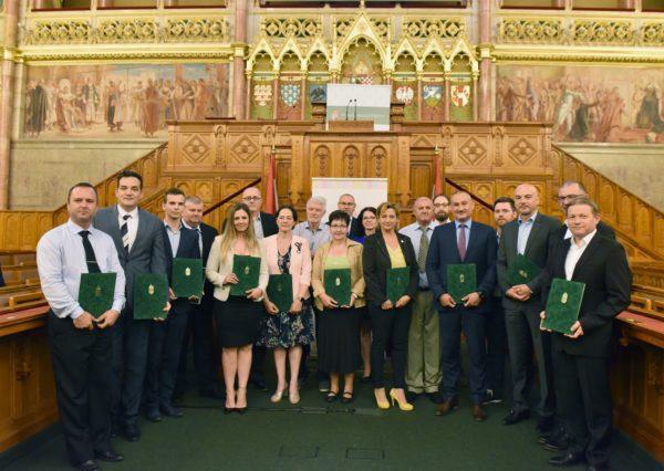 A 2019. évi Programra 24 pálinkaház 157 tétele nevezett, ebből 22 pálinkaház 93 tétele került a Pálinkakiválóságok és a TOP Pálinkakiválóságok közé - fotó: Krasznai-Nehrebeczky Mária - AM