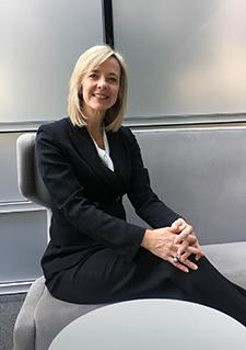 A Bayer CropScience Country Division Head pozícióját magyarországi székhellyel 2019. április 1-jétől Kyster Angéla tölti be.