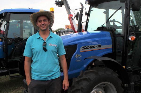 Hernek Gábor, a kecskeméti székhelyű Odisys Bt. gépértékesítője mesélt arról, miért kedvelik a magyar gazdák a Solis traktorokat
