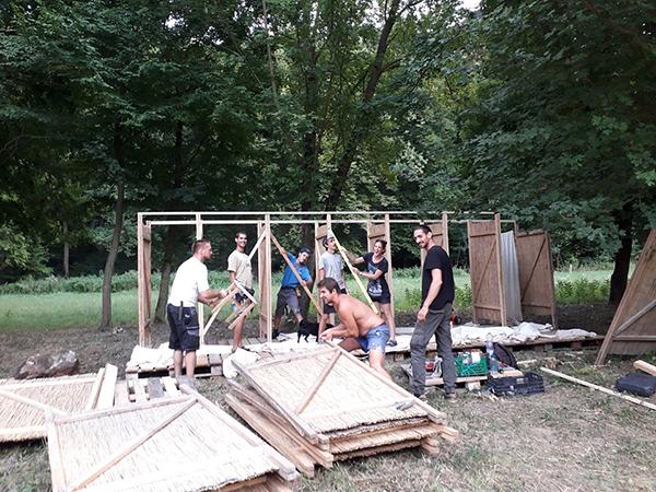 Így készül a fesztivál: a vidéki élet szerelmeseit hívja egybe a 2019-es Gyüttment Fesztivál - Fotó: www.gyuttmentfesztival.hu