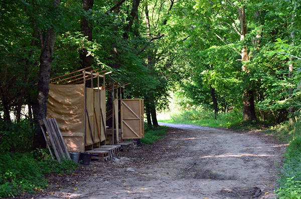 A 2019-es Gyüttment Fesztivál is fenntartható árnyékszékekkel működik majd - Fotó: www.gyuttmentfesztival.hu