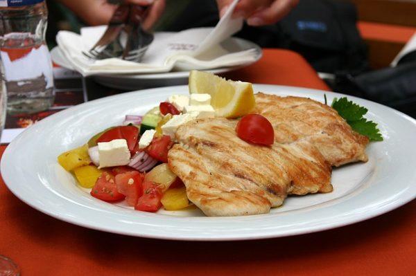 Egyre komolyabb részt ad a román csirkehús a bolgár fogyasztásban - képünk illusztráció