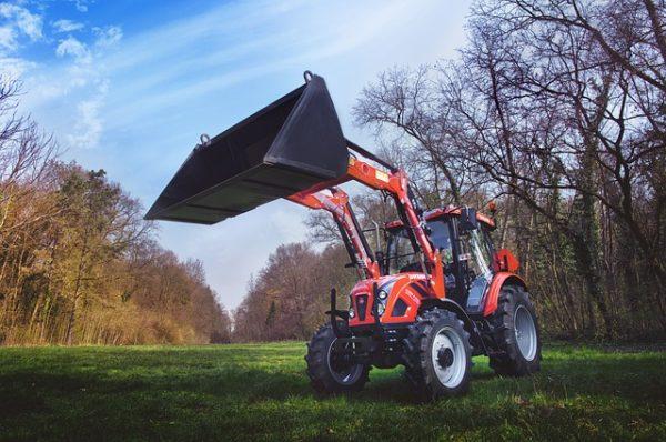 Nagy bajba és csődeljárás alá került a lengyel traktorokat gyártó Ursus SA cég