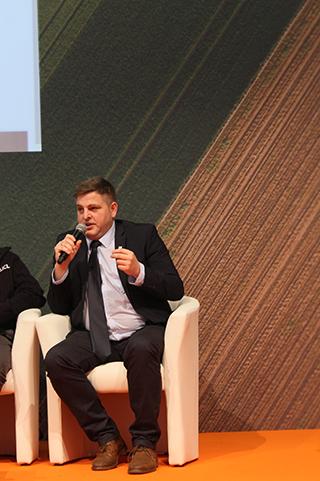 Kőrösi Tibor, a Karintia Kft. fejlesztési vezetője beszél a helyes mérés jelentőségéről - Fotó: Magro.hu