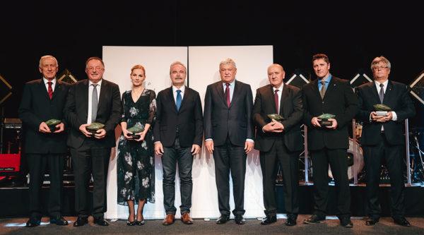 A díjazottak 5 kategóriában kaptak elismerést az OTP Agrár Gálán - Fotó: OTP Agrár