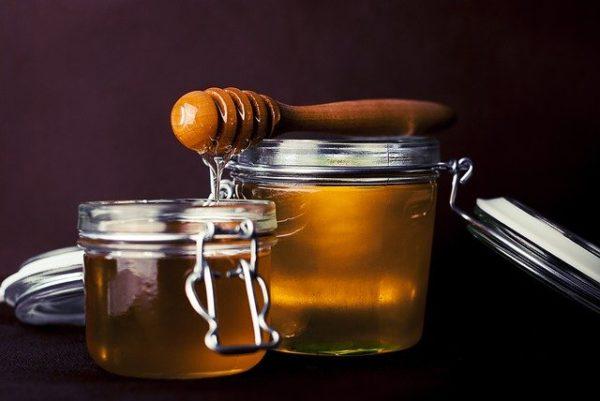 Világszerte nagyon nagy gondot okoznak a piacnak a mézhamisítások