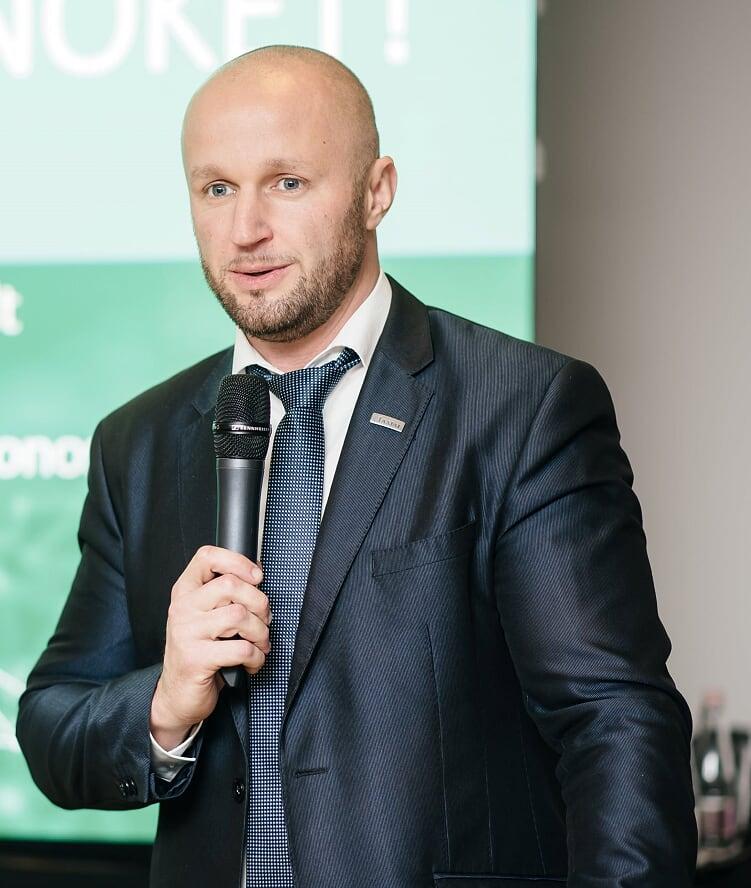 Umenhoffer Péter, az Axiál Kft. marketingigazgatója