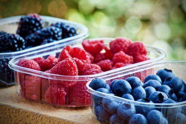 A bogyós gyümölcsök fogyasztása rendkívül egészséges. (Fotó: Pixabay, Sweetlouise)