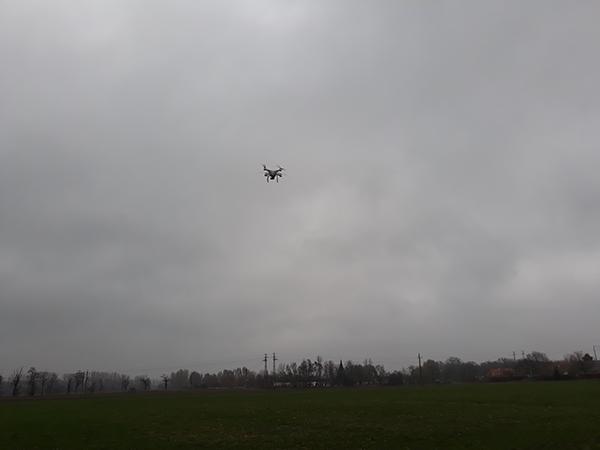 Egyre nagyobb szerepet tölt be a mesterséges intelligencia a mezőgazdaságban - képünkön egy drón végez adatgyűjtést Mosonmagyaróváron
