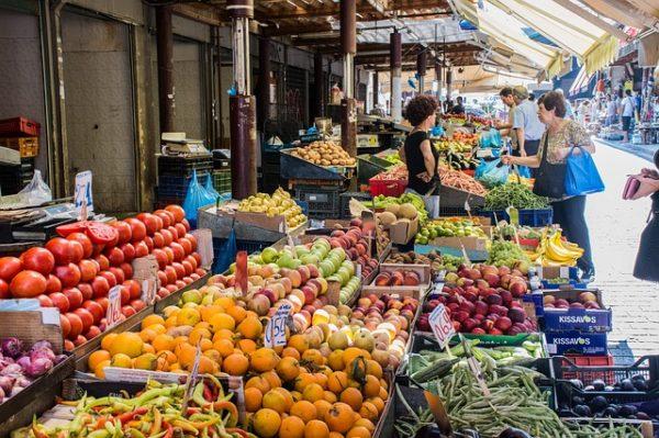 A gyengébb olasz és spanyol terméseredmények miatt jó évet futhatnak a görög zöldség-gyümölcs exportőrök - képünk illusztráció