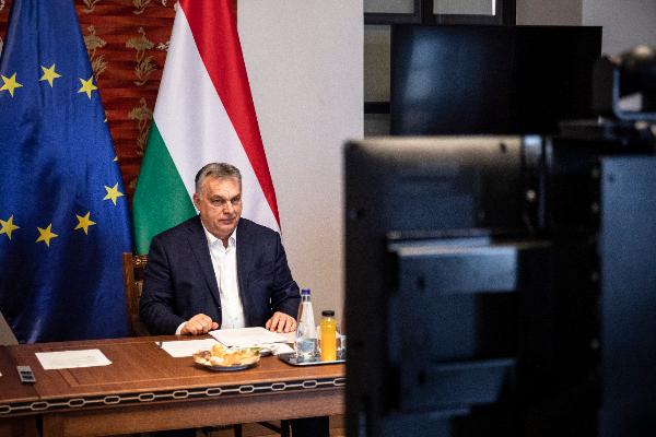 Orbán Viktor miniszterelnök vezetésével hoztak létre Vidékfejlesztési Kormánybizottságot a temérdek pénz hatékony elköltésére - Fotó: Miniszterelnöki Sajtóiroda