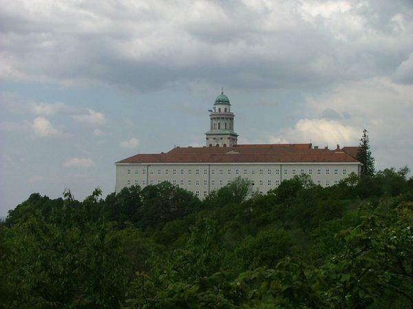 A Pannonhalmi Főapátság szőlőmagolaj kinyerését fejlesztette ki