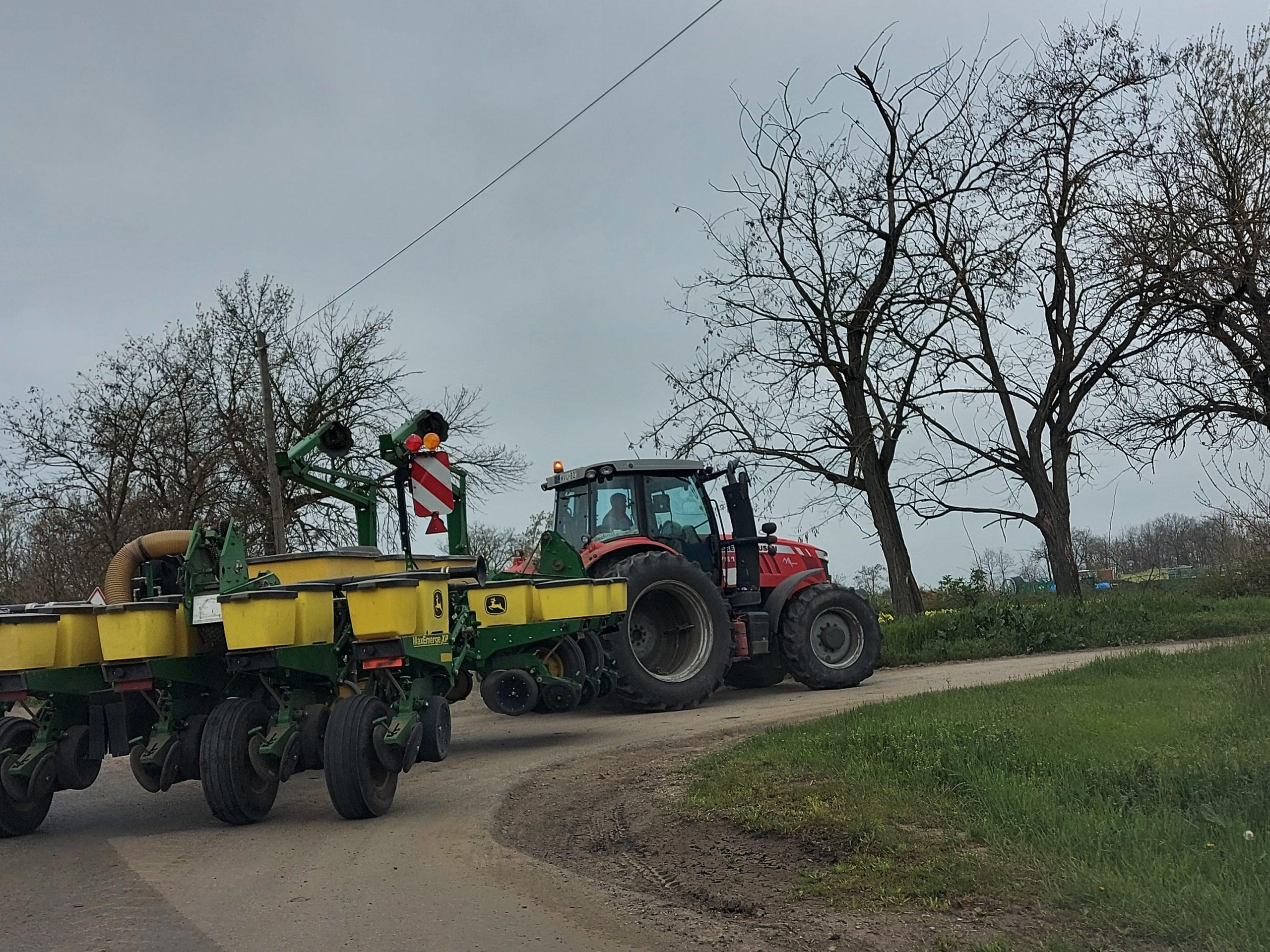 Idén számos pályázat nyújt lehetőséget a magyar mezőgazdaság szereplőinek arra, hogy fejlesszék a gazdaságukat - Fotó: Magro.hu, CSZS, Szarvas