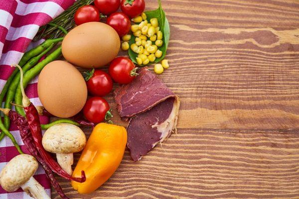 Néhány éven belül olcsóbb lehet a növényi és a sejtalapú húsok költségszintje, mint a hagyományos élelmiszereké