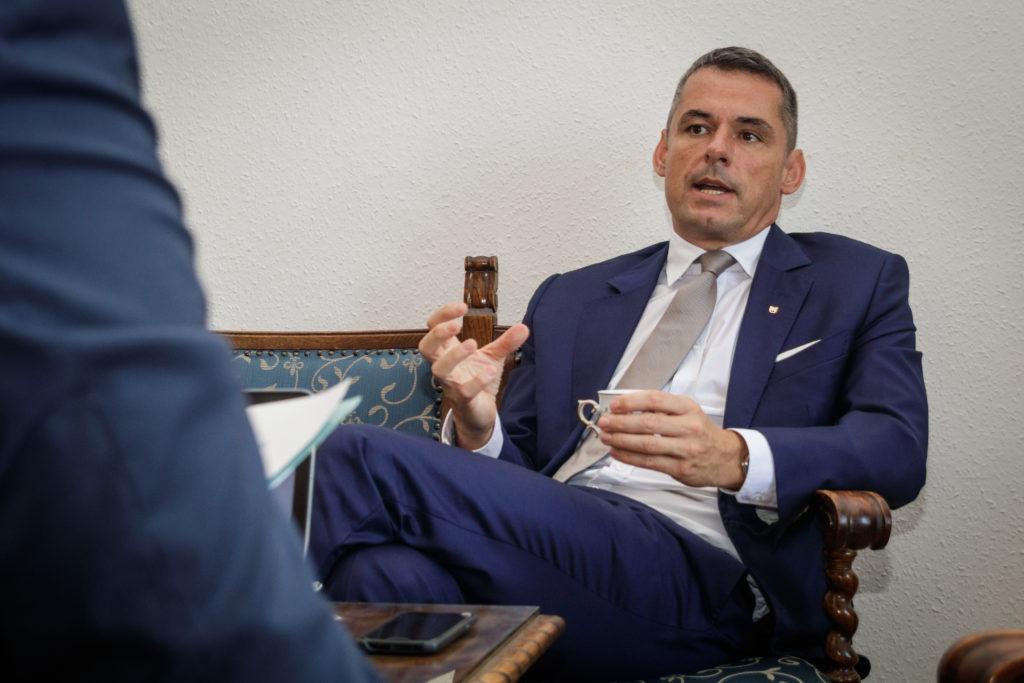 A Magyar Agrár- és Élettudományi Egyetem frissen kinevezett rektora. Gyuricza Csaba - Fotó: Adam's Photovision, Gödöllő