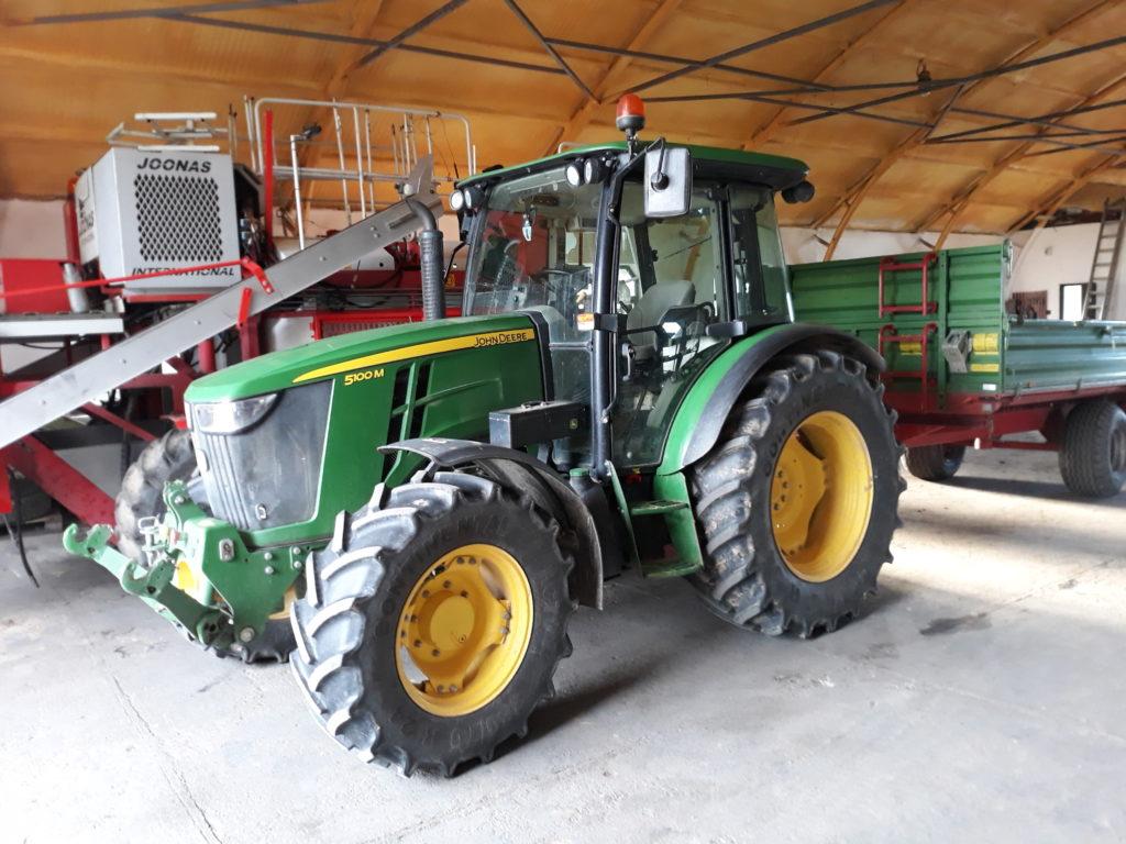 A Hello Tractor alkalmazás sokat segít az afrikai gazdák termelési hatékonyságának javításában - Fotó: Magro.hu, CSZS, Olaszliszka, illusztráció