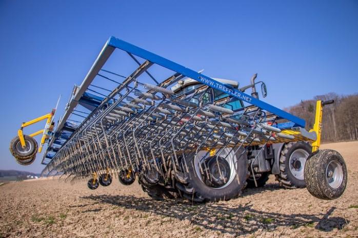 Gyomfésű segíti a bioszója termesztés és a gyomszabályozás sikerességét Zala megyében - Fotó: ÖMKi