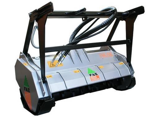 Eladó FAE FML / SSL hidraulikus meghajtású a lengő kalapácsos rotorral, 75 és 120 LE kompaktrakodókhoz 1 db fotó