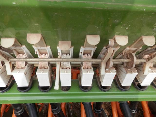 Eladó Amazone vetőgép 1 db fotó